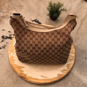 Gucci Shoulder Bag Authentic